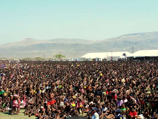 ... Thousands Of Zulu Maidens At Kings Reed Dance . ← Previous Next